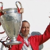 mini-rafael-benitez-champions-league-trophy_1096008